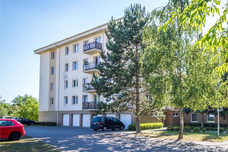 Je lepší byt v osobním nebo družstevním vlastnictví? Srovnání pro a proti