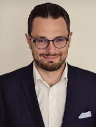 Realitní makléř Jan Zachystal