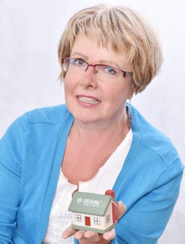 Realitní makléřka Veronika Váňová