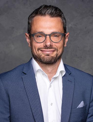realitní makléř Jan Zachystal, MBA