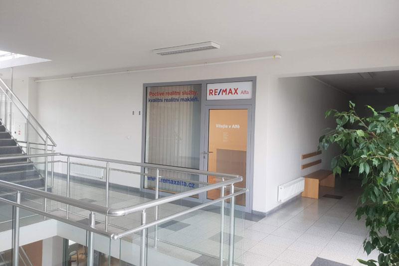 RE/MAX Alfa, Praha 9 - Újezd nad Lesy