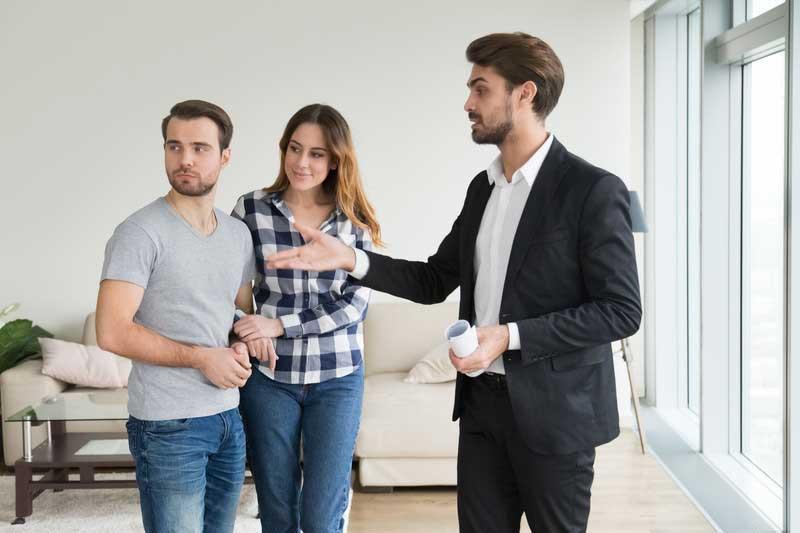 Prodej nemovitosti bez realitky. Výhody a nevýhody