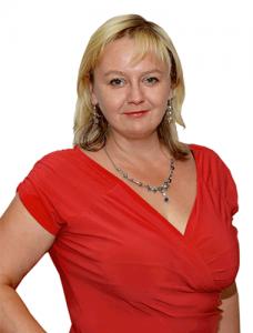 Realitní makléřka Lucie Ciniburgová