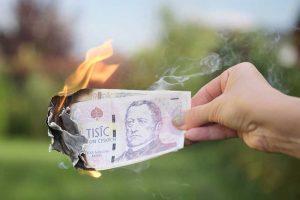 znehodnocení měny